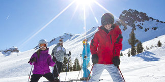 West Coast Ski Resort Deals & Events this Week - ©Mountain Collective/ Mammoth Mountain