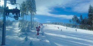 Raport narciarski: rewelacyjne warunki na polskich stokach - ©FB Czarna Góra Resort