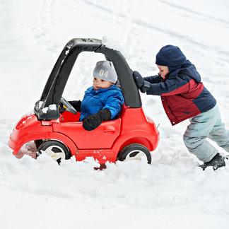 Tous les moyens sont bons pour rejoindre les pistes de ski - ©ShsPhotography - Fotolia.com