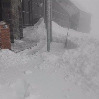 Świeży śnieg na Chopoku, 18.4.2017 - ©vlekári z Chopku / facebook