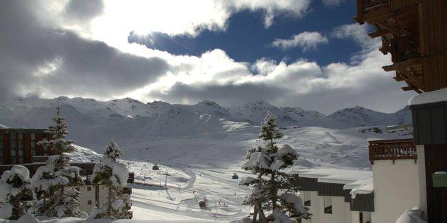 Bumper snowfall in the French Alps Nov. 17-18, 2014