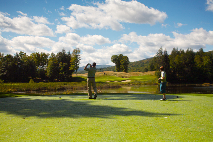 Hit the links at Okemo this summer with the Stay & Play Golf Package. - ©Okemo Mountain Resort