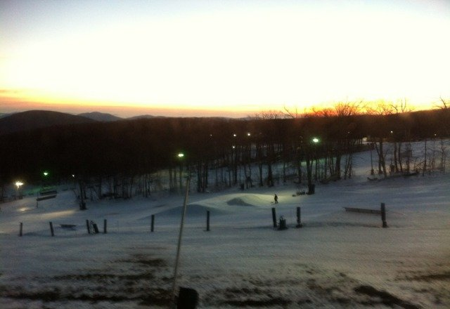 getting a little thin but still plenty of snow to ski