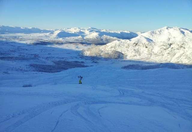 3.12 Kaldt men bra med sne i Breidalen og Tinden.