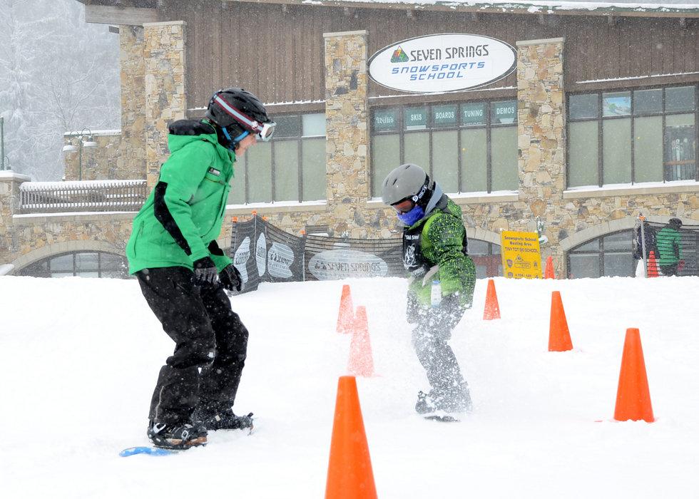 Junior Snowboard Lessons - ©Seven Springs