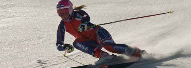 Olympic skier, Chemmy Alcott charges the mountain