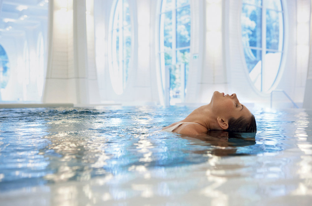 Relaxing in the Tamina-Therme in Bad Ragaz