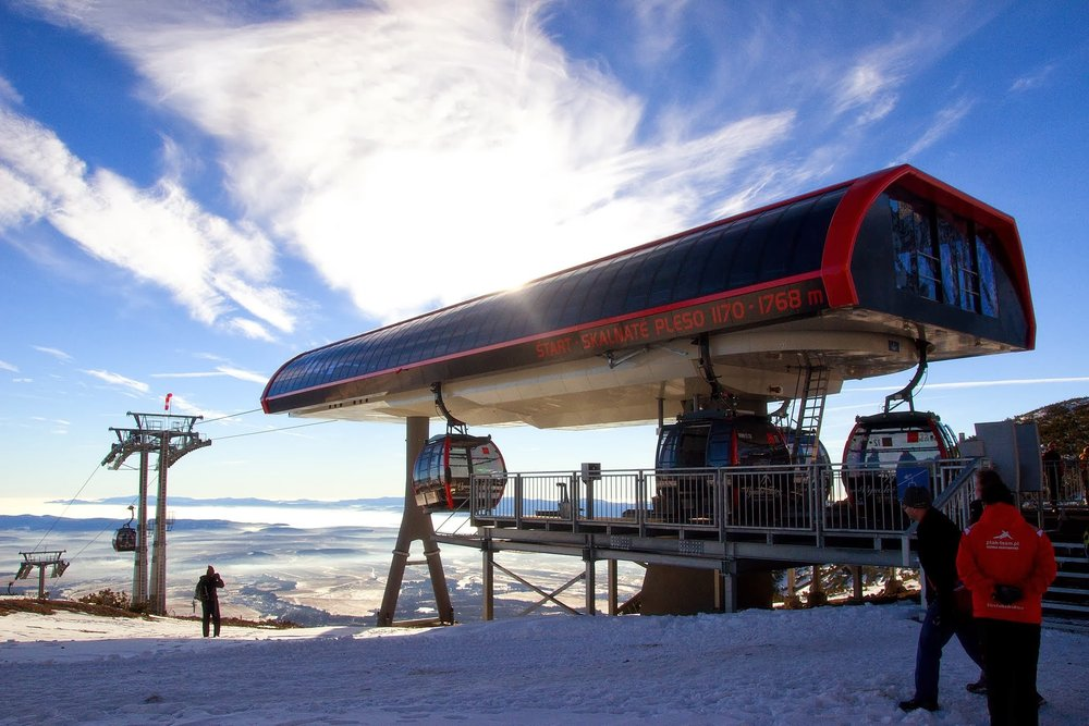 Start of new gondola on Skalnate pleso, High Tatras