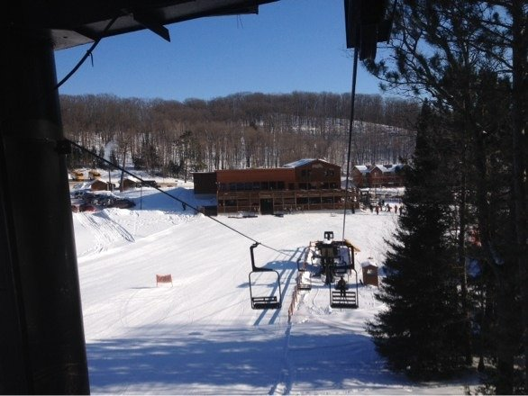 Fabulous day at Ski Brule. Some of the best conditions ever. Tons of fluffy snow groomed perfectly. Great day to play
