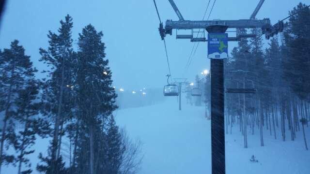 Awesome night skiing!