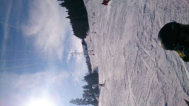 Yesterday the piste had little snow left.  Needs some snow
