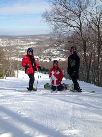 Great spring skiing day. The mountain crew did a great job of grooming. No icy spots. It was empty early morning, then got packed. Big 50th party tonight. Congrats Camelback!