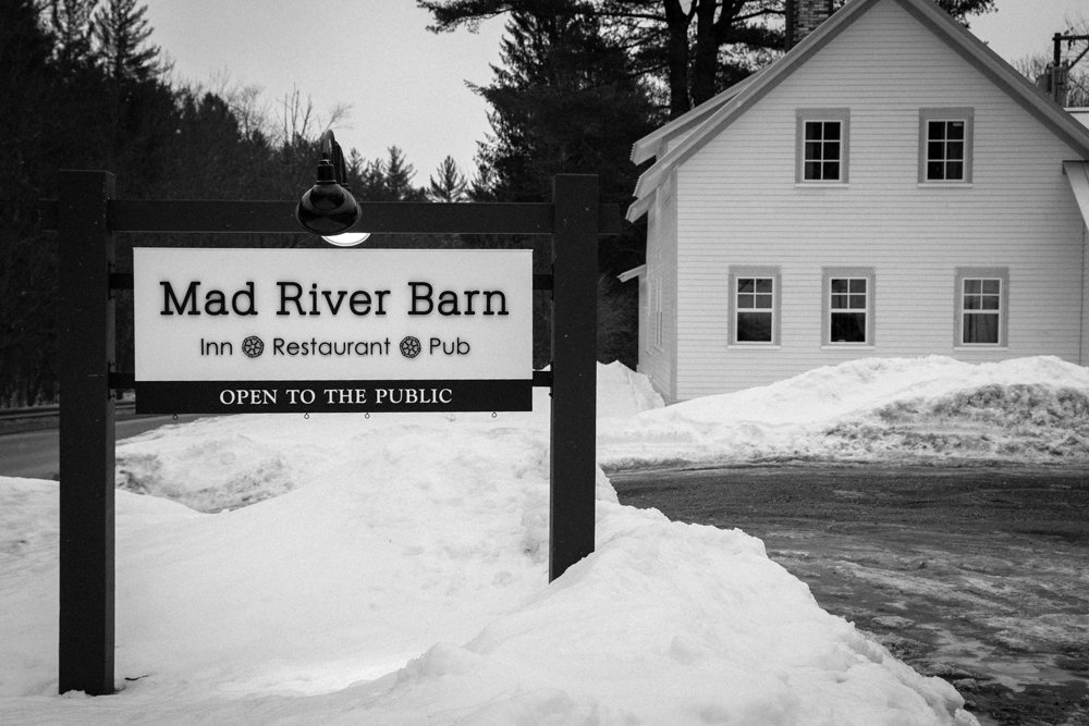 The newly remolded Mad River Barn is the perfect place for skiers. Great atmosphere, and awesome food, bar and game room.