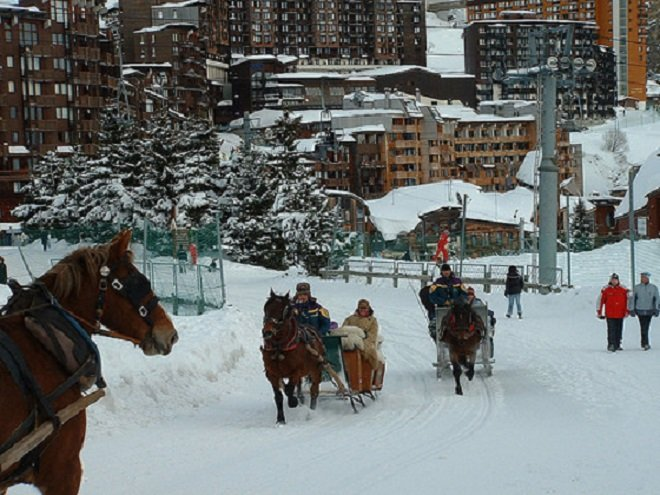 Take a horse-drawn taxi around town in Avoriaz - ©John Williams