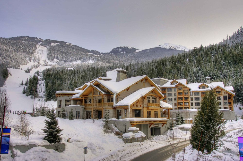 First tracks lodge whistler blackcomb for Cabine in whistler