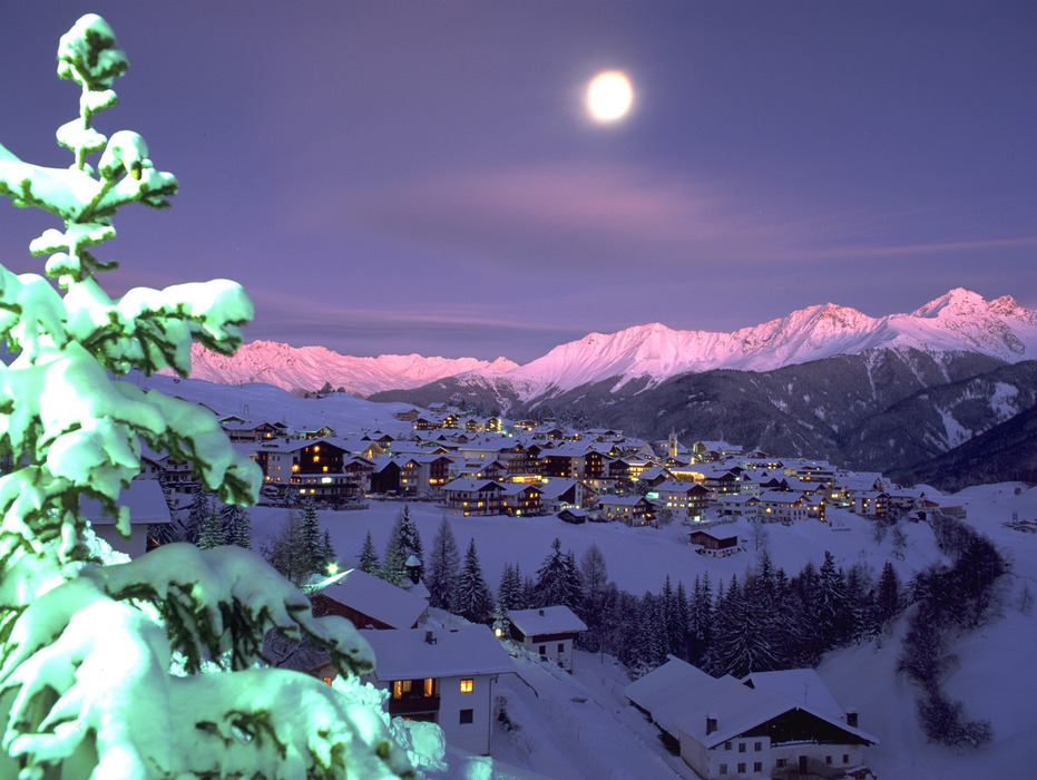 A village among Serfaus Fiss Ladis at night.
