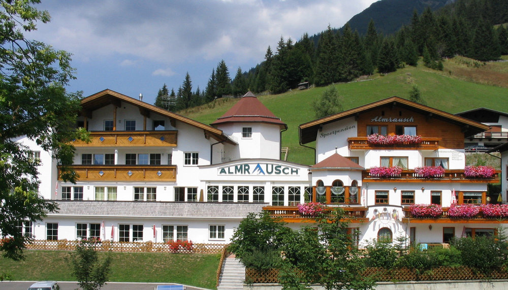 Aktiv-Berghotel Almrausch***