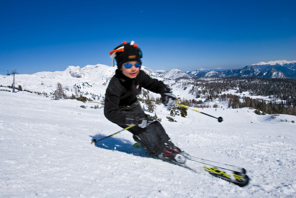 Child skiing at Tauplitz.
