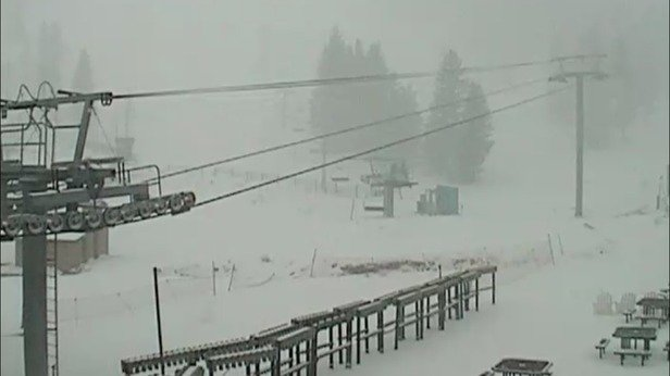 Don't be a hater Taos boy. This site is for condition reporting and the conditions at Apache are blowing snow.