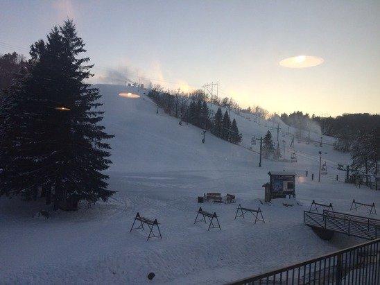November skiing! Haula! Haula! Haula!