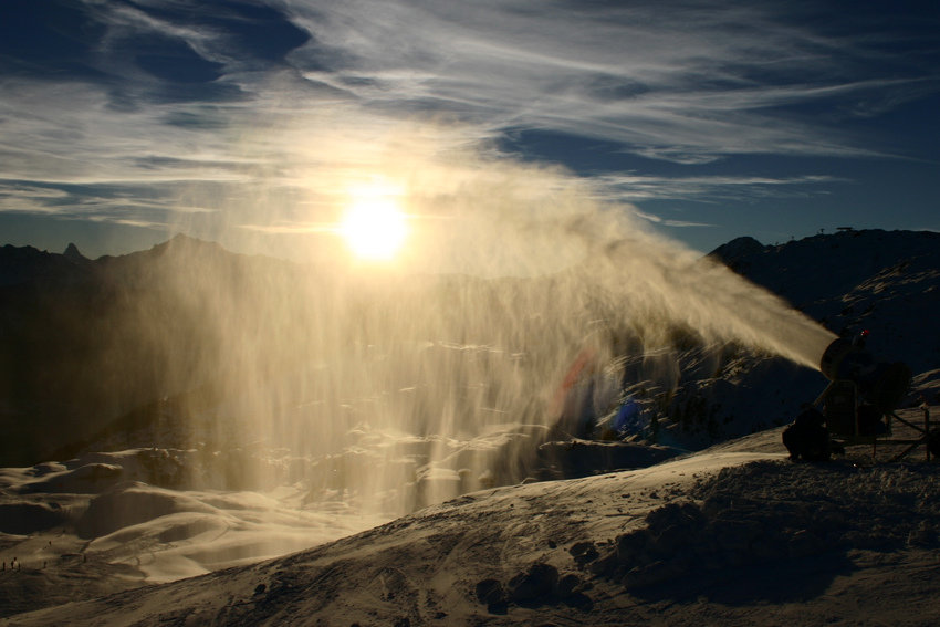 There a well pistes, done with artificial snowmaking - ©Aletsch Arena