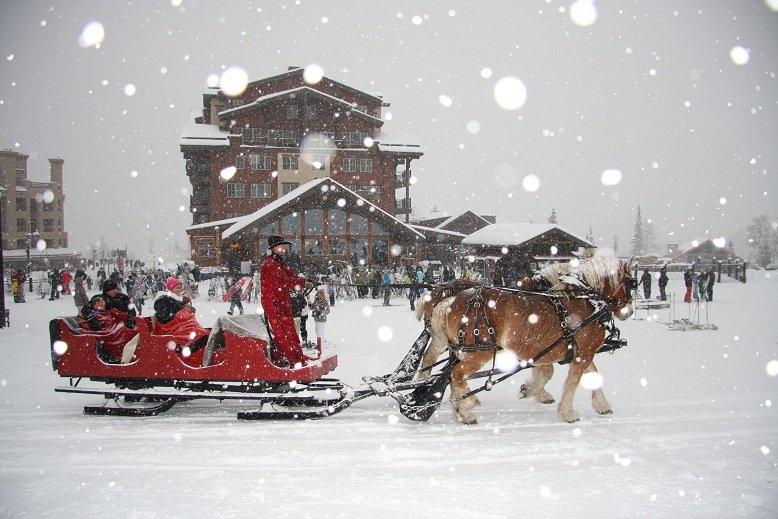 Guest enjoy an enchanted sleigh ride at Durango. - ©Durango Mountain Resort