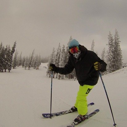 Went and rode yesterday. Clouds were coming in as we were hitting the last few runs. Still some good powder in upper runs. Great day out.