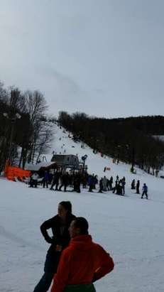 good base of machine made snow.  crowded lines and beginner skoes but the moderate and advanced slopes aren't too bad.