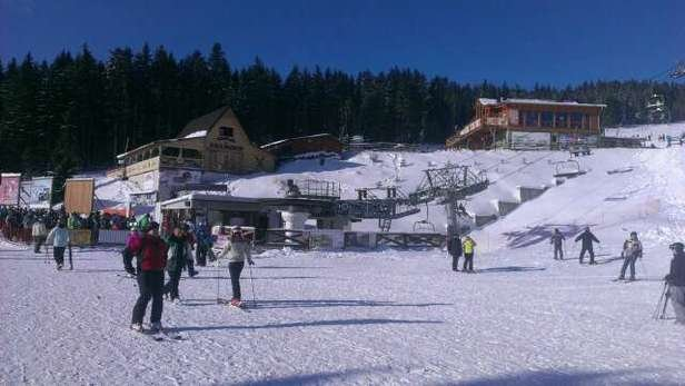 what  a beautiful day and excellent snow. highly recommended place