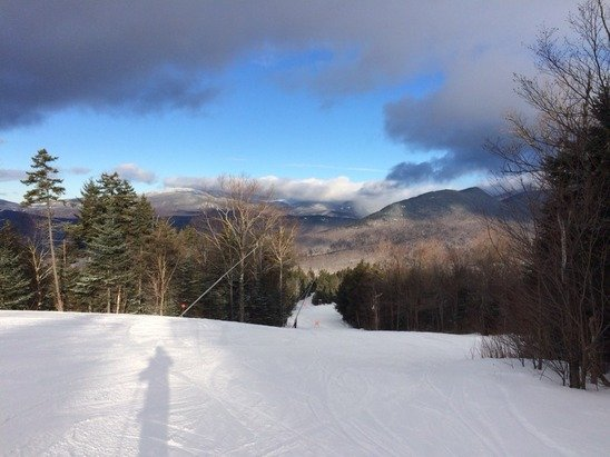 Great day at Loon on Sunday! Well groomed and some fresh powdered. Wasn't Skied off too early, but icey spots on some places by 11am. Over, great job! Hopefully all this snow will help the mountain this week.