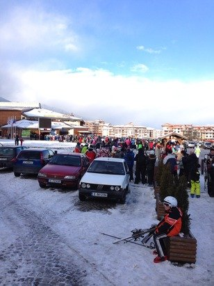 Bansko town is too big for the mountain, massive queues and not just the Gondola in the morning, I won't be coming back.