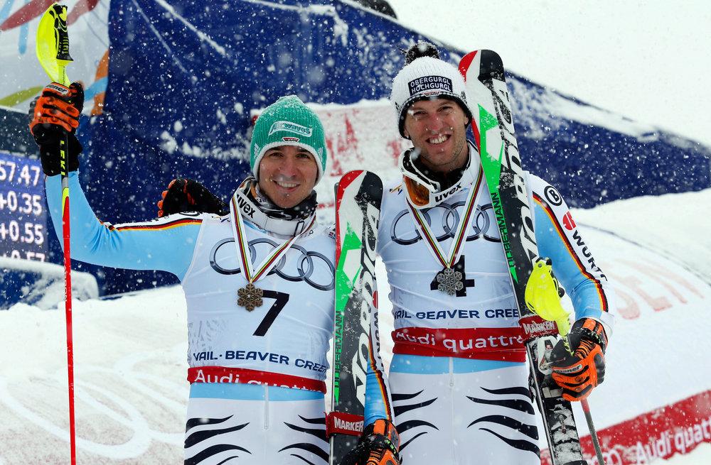 Glückliche Medaillen-Sieger: Felix Neureuther (3.) und Fritz Dopfer (2.) - ©Audi Media-Service