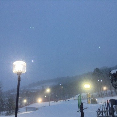 Great day! Little icy but still a good day for snowboarding/sking. Got a ton of snowfall today, cant wait till tomorrow.