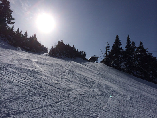 Day started out cloudy then sun came to joins us on some sweet shredding. Conditions r sweet with no lines and no wind.