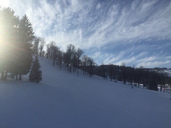 Seven Springs - Got an early start - got great grooming - got crowded! - ©ski friend