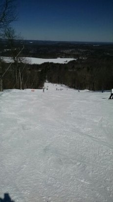 Wachusett Mountain Ski Area - Great weather, good conditions, short lines. - ©kommodorefixx
