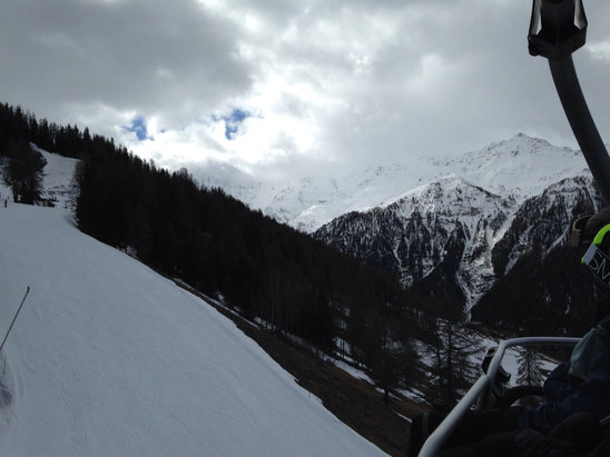 Les Arcs - Lower area is spring snow.  - ©Mason