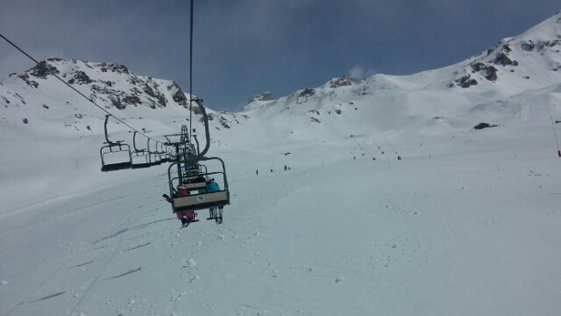 Cervinia - Breuil - Cervinia still closed but great skiing in valtournenche