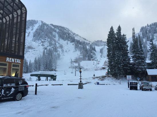 Alta Ski Area - Firsthand Ski Report - ©iPhone