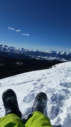 Keystone - snow was good. hiked to the tippy top and got a gorgeous view! going back up tomorrow! - ©moldenshower