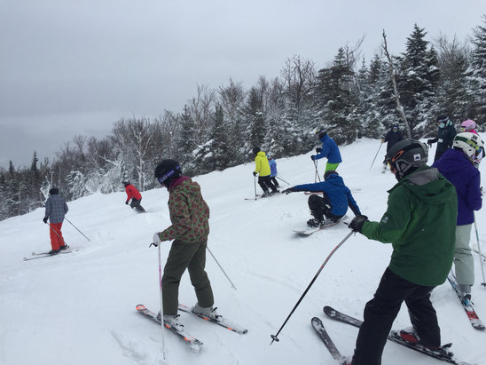 Sugarloaf - It's a fiesta on the mountain ! Every lift has a 30 minute wait. Check out wiggle tree just opened today it's the shortest wait but also Icey on those trails.   - ©Roy the skipper Hernande