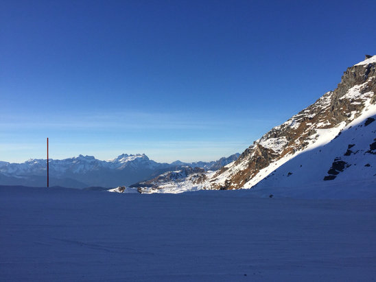 Verbier - Some decent groomed snow on the upper runs but still a lot of ice in areas.  - ©Spence's iPhone