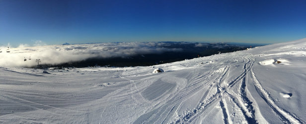 Timberline Lodge - Beautiful day, light winds  - ©Kilo Juliet Alpha