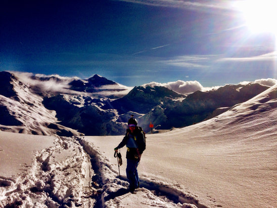 Les Menuires - Great powder but side country only AV risk is high   - ©bwmphoto's iPhone
