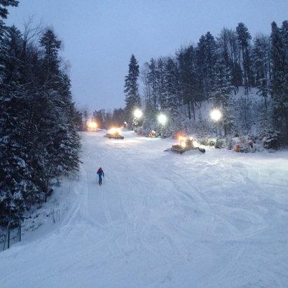 Szczyrk - Czyrna/Solisko - Firsthand Ski Report - ©Jurij Gagarin iPhone kés