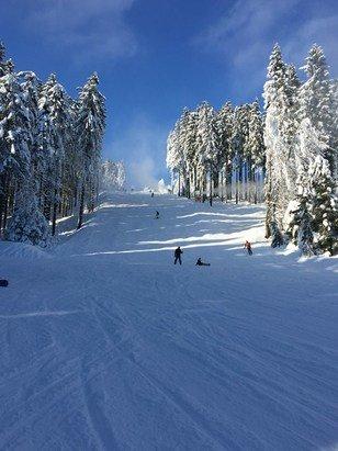 Winterberg Skiliftkarussell - Ein traumhafter Skitag  - ©Silkes iPhone