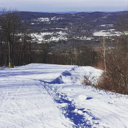 Mountain Creek Resort - Great conditions thursday.. Lots of trails open.  - ©Owner's iPhone