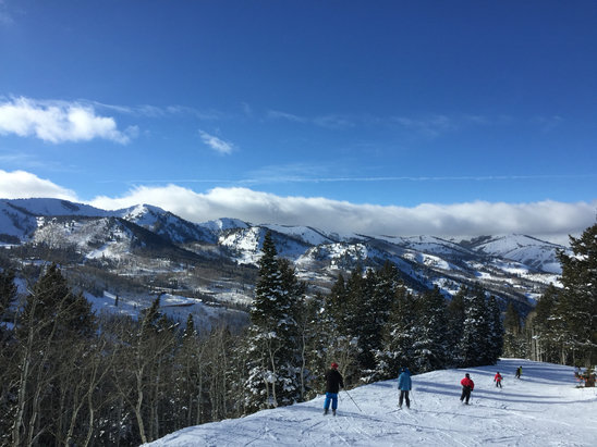 Park City - Fantastic snow at PCMR and Canyons. Smaller crowds at canyons today- get To Super Condor and enjoy! - ©Thomas's iPhone