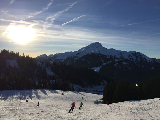 Chatel - Firsthand Ski Report - ©Crighton's iPhone