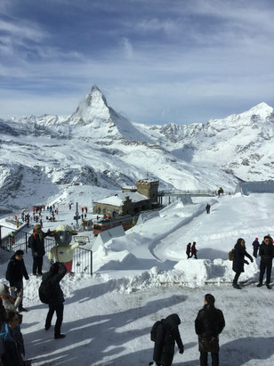 Zermatt - Firsthand Ski Report - ©Lori's iPod touch